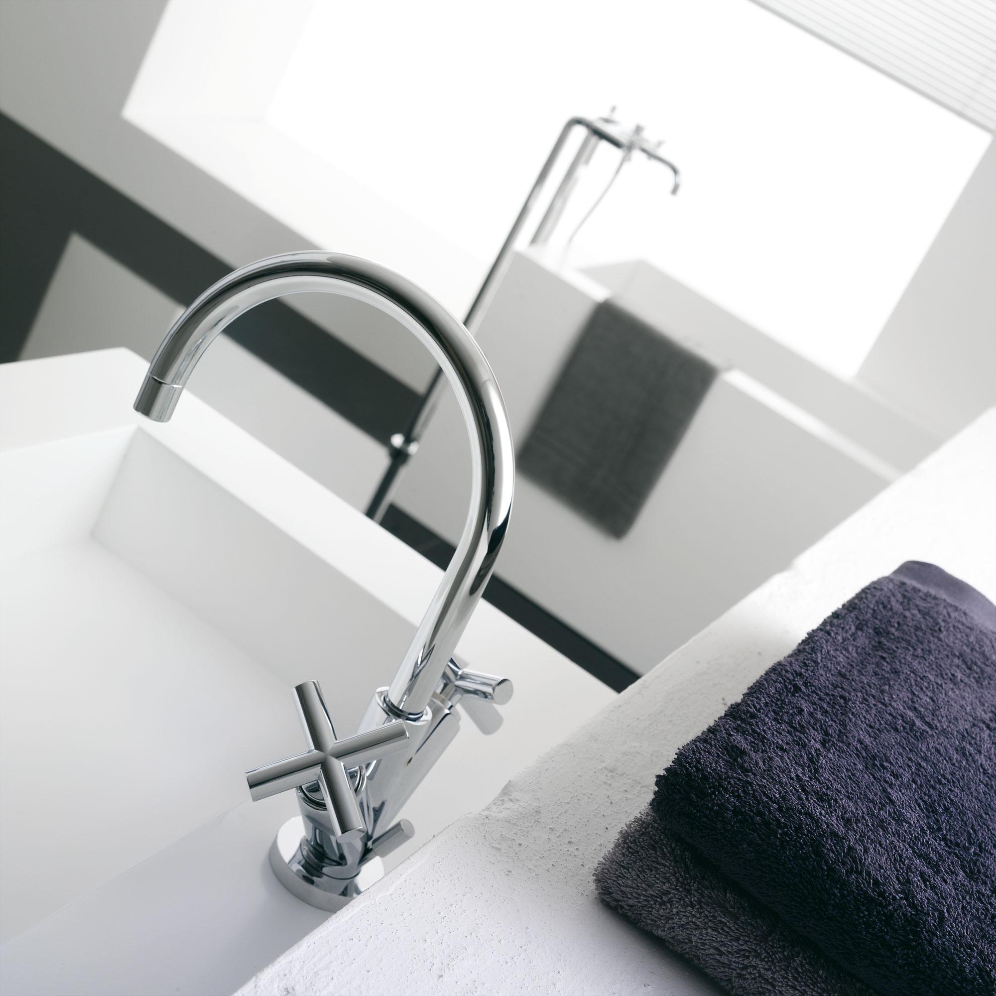 Waschbecken und badezimmer armaturen dada - Badezimmer armaturen ...